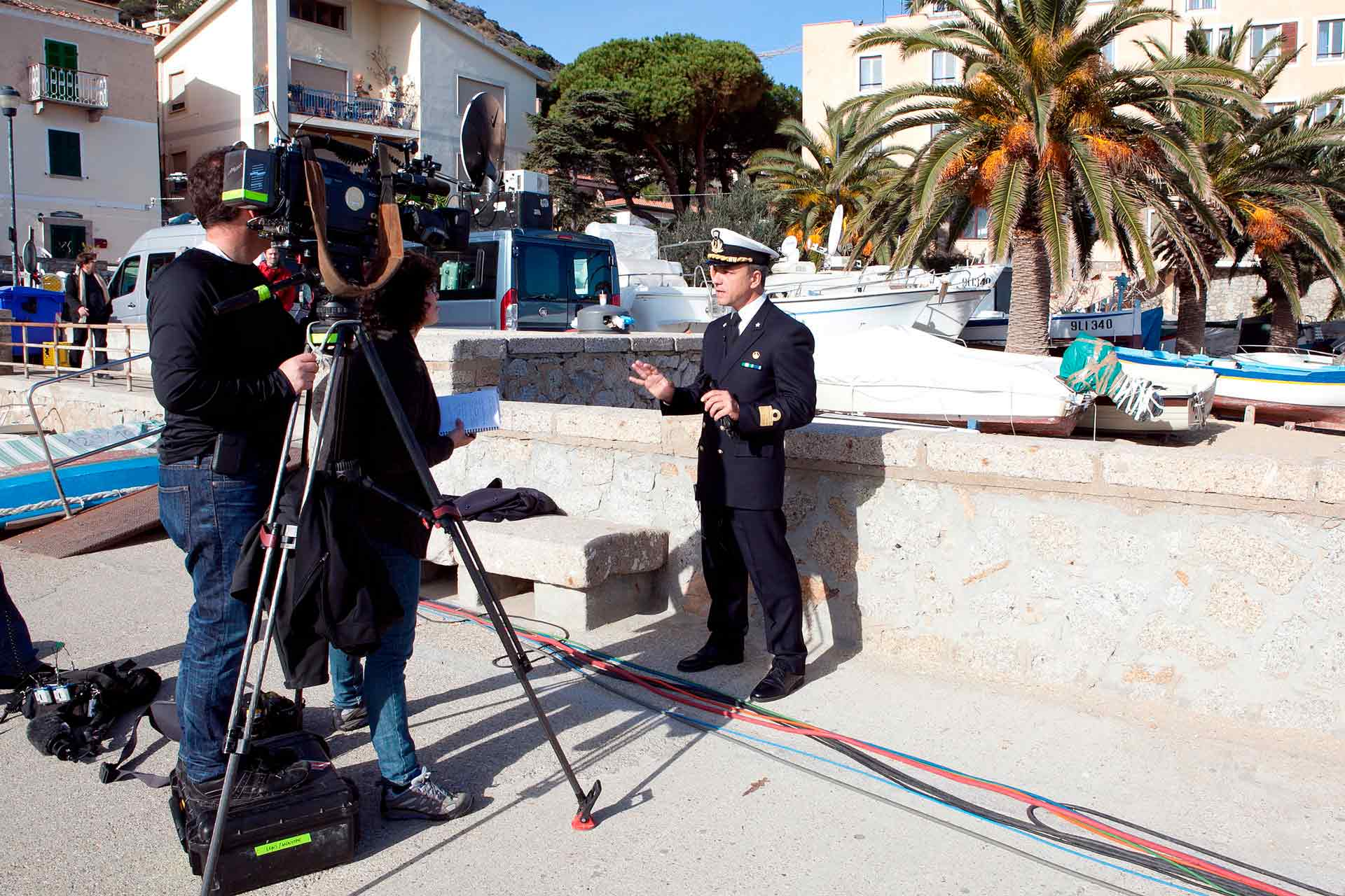 Even in the case of the Costa Concordia tragedy, the media have transformed a tragic news story into a real media event, with its protagonists, the twists and turns, and the spotlights always on.