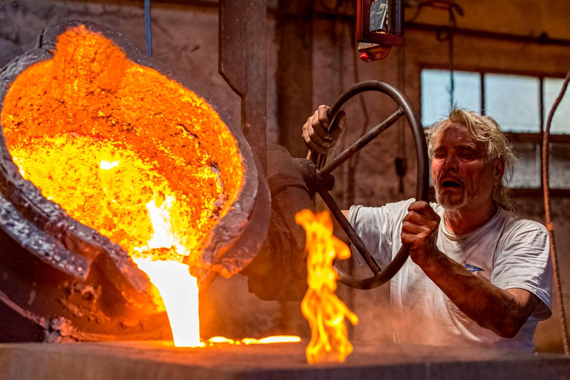 Il processo di fusione della ghisa in conchiglia ? indicato principalmente per la produzione su larga scala di oggetti di piccole e medie dimensioni e con un buon livello di rifinitura.
